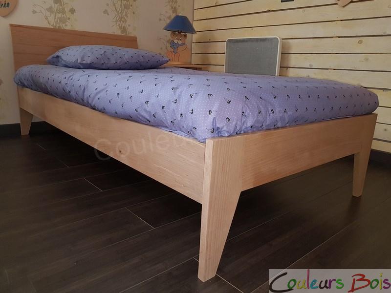 Lit enfant cologique design orion en bois massif for Lit en bois massif design